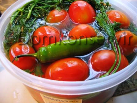 Pickled tomatoes_dill_and_hot_pepper