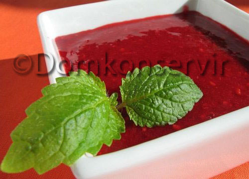 Raspberries in_syrup