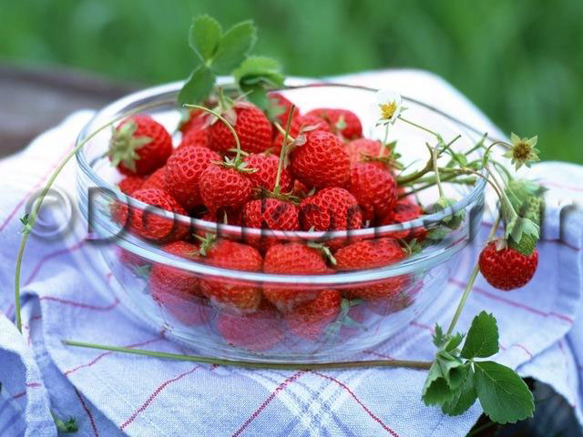 Strawberry Compote_Recipe_number_1