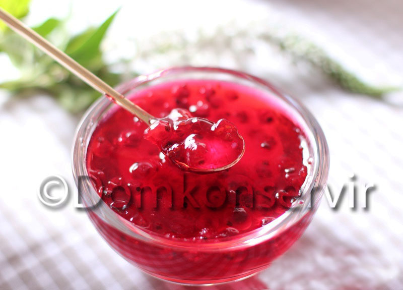 raw red_currant_jam